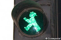 Little traffic-light man