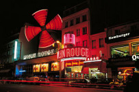 Moulin Rouge di Parigi