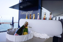 Champagne meetingg