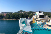 Embarkation / sundeck