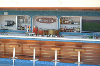 Waves Bar
